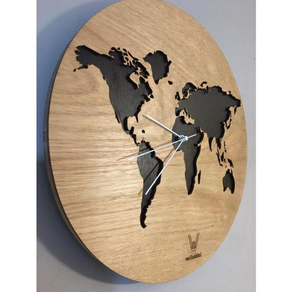 reloj mapamundi en chile