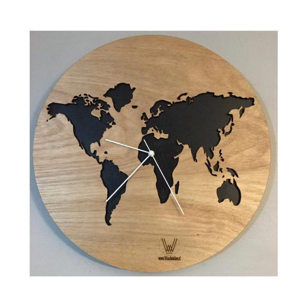 reloj mapamundi chile